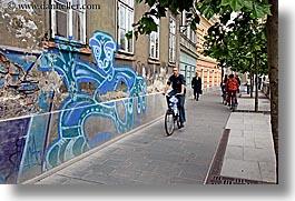 biking-by-graffiti-2