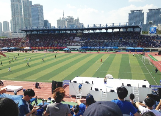 At the annual Yon-Ko games, where Yonsei University and Korea University go head to head with sports!