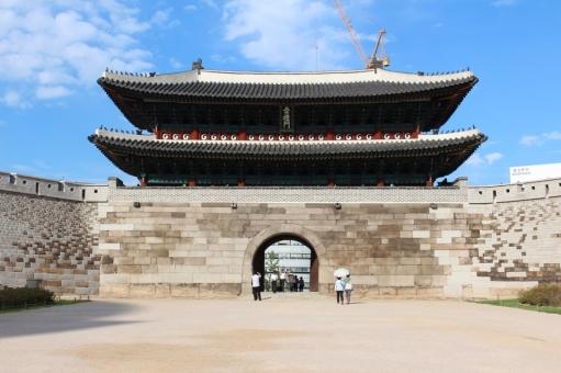 Namdaemun gate in the morning.